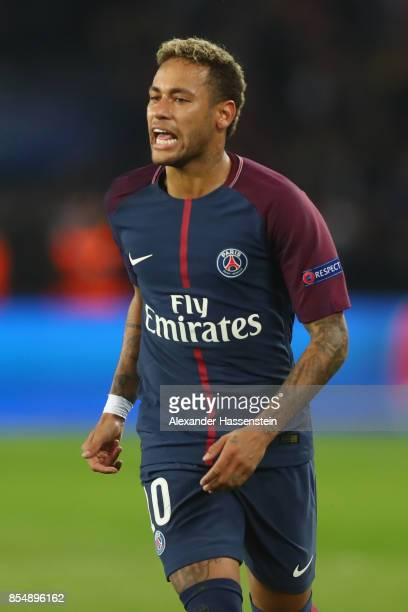 Neymar of Paris looks on during the UEFA Champions League group B match between Paris SaintGermain and Bayern Muenchen at Parc des Princes on...