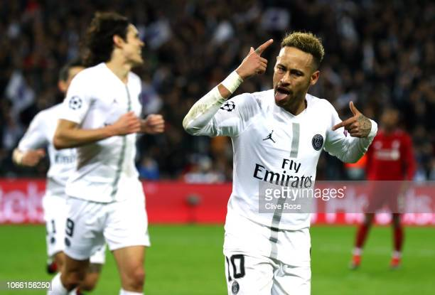 Neymar of Paris SaintGermain celebrates after scoring his team's second goal during the UEFA Champions League Group C match between Paris...