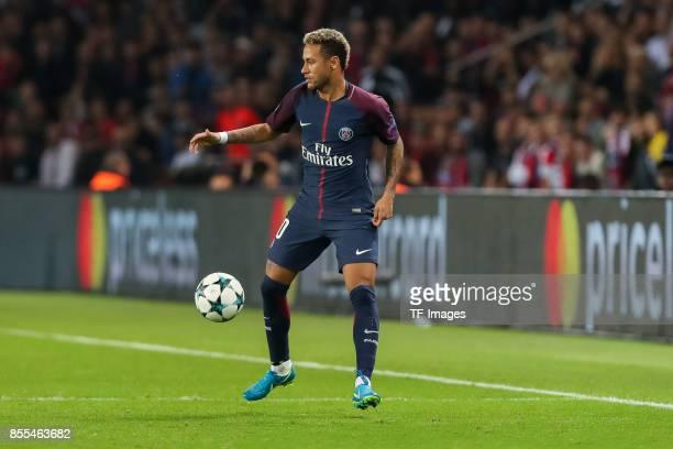 Neymar of Paris SaintGermain controls the ball during the UEFA Champions League group B match between Paris SaintGermain of Paris SaintGermain and...