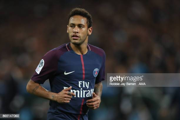 Neymar of Paris SaintGermain during the Ligue 1 match between Olympique Marseille and Paris Saint Germain at Stade Velodrome on October 22 2017 in...