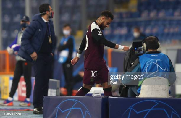 Neymar of Paris Saint-Germain is substituted following an injury during the UEFA Champions League Group H stage match between Istanbul Basaksehir and...