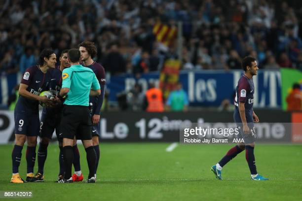 Neymar of Paris SaintGermain receives a red card during the Ligue 1 match between Olympique Marseille and Paris Saint Germain at Stade Velodrome on...