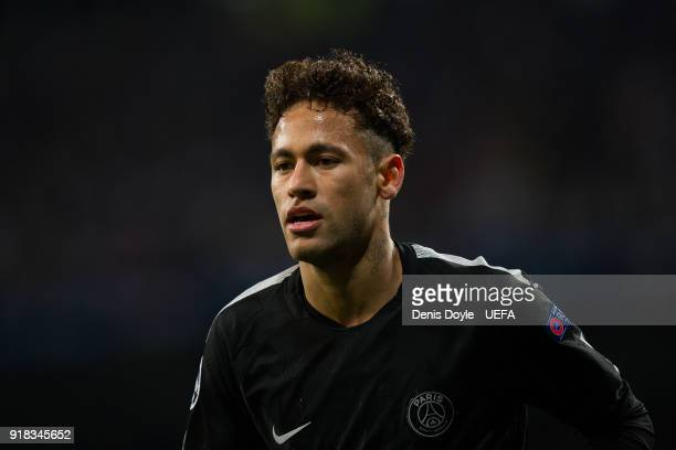 Neymar of Paris SaintGermain runs to take a corner kick during the UEFA Champions League Round of 16 First Leg match between Real Madrid and Paris...