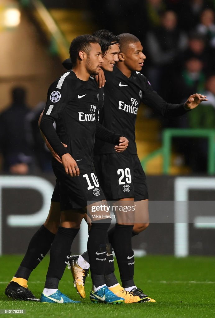 Neymar of PSG celebrates scoring his sides first goal with Edinson Cavani of PSG and Kylian Mbappe of PSG during the UEFA Champions League Group B match between Celtic and Paris Saint Germain at Celtic Park on September 12, 2017 in Glasgow, Scotland.