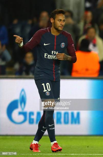 Neymar of PSG celebrates scoring his sides second goal during the UEFA Champions League group B match between Paris SaintGermain and RSC Anderlecht...