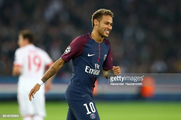 Neymar of PSG reacts during the UEFA Champions League group B match between Paris SaintGermain and Bayern Muenchen at Parc des Princes on September...