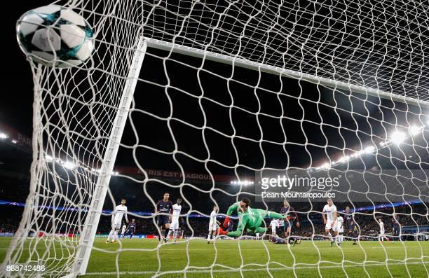 Neymar of PSG scores his side's second goal during the UEFA Champions League group B match between Paris Saint-Germain and RSC Anderlecht at Parc des...