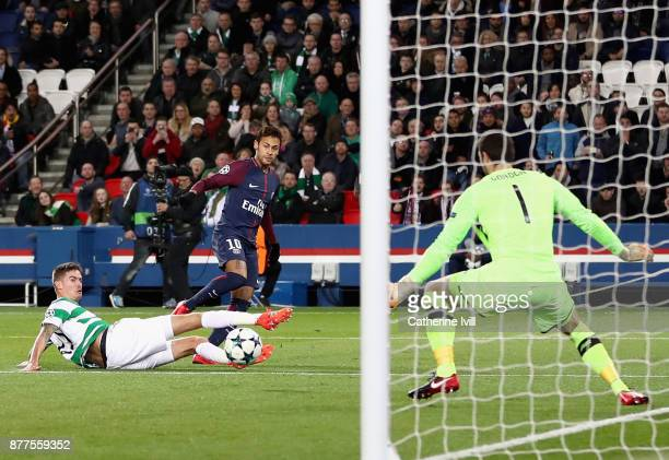 Neymar of PSG scores his team's first goal during the UEFA Champions League group B match between Paris SaintGermain and Celtic FC at Parc des...