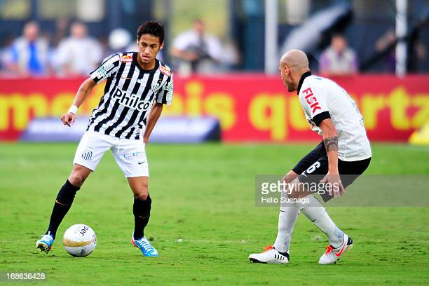 Neymar of Santos during the match between Corinthians and Santos as part of Paulista Championship at Pacaembu Stadium on May 12 2013 in São Paulo...