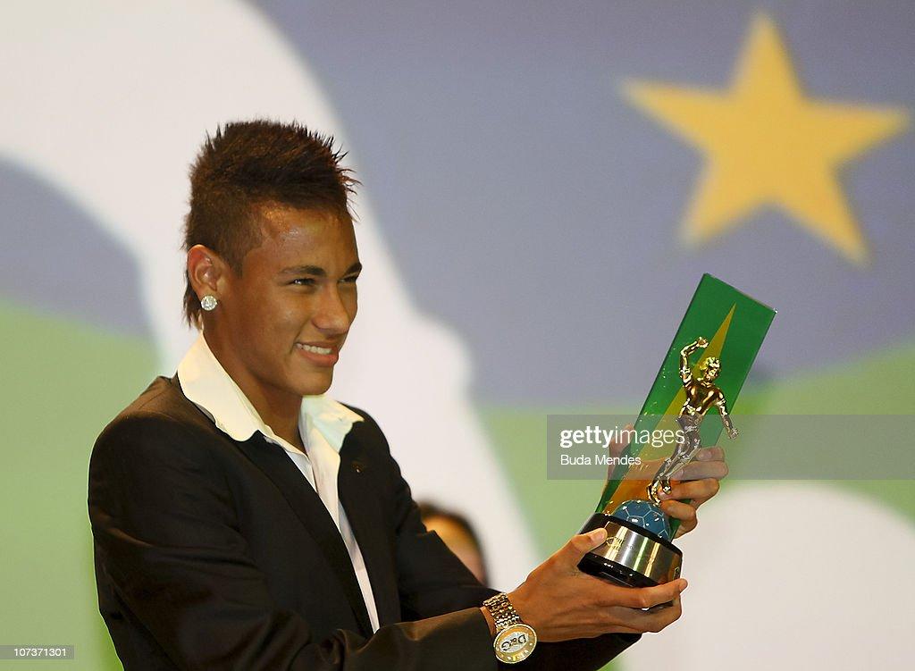Craque do Brasileirao Award : News Photo
