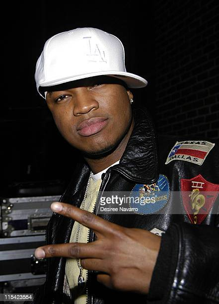 NeYo during Andy Dick Hugh Laurie and NeYo Visit 'The Late Show with David Letterman' February 20 2006 at Ed Sullivan Theater in New York City New...