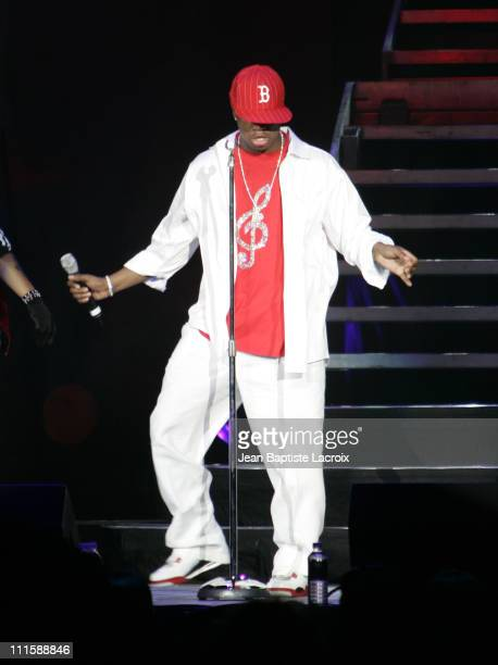 NeYo during Chris Brown Juelz Santana NeYo Lil Wayne and Dem Franchize Boyz in Concert in Miami September 8 2006 at American Airlines Arena in Miami...