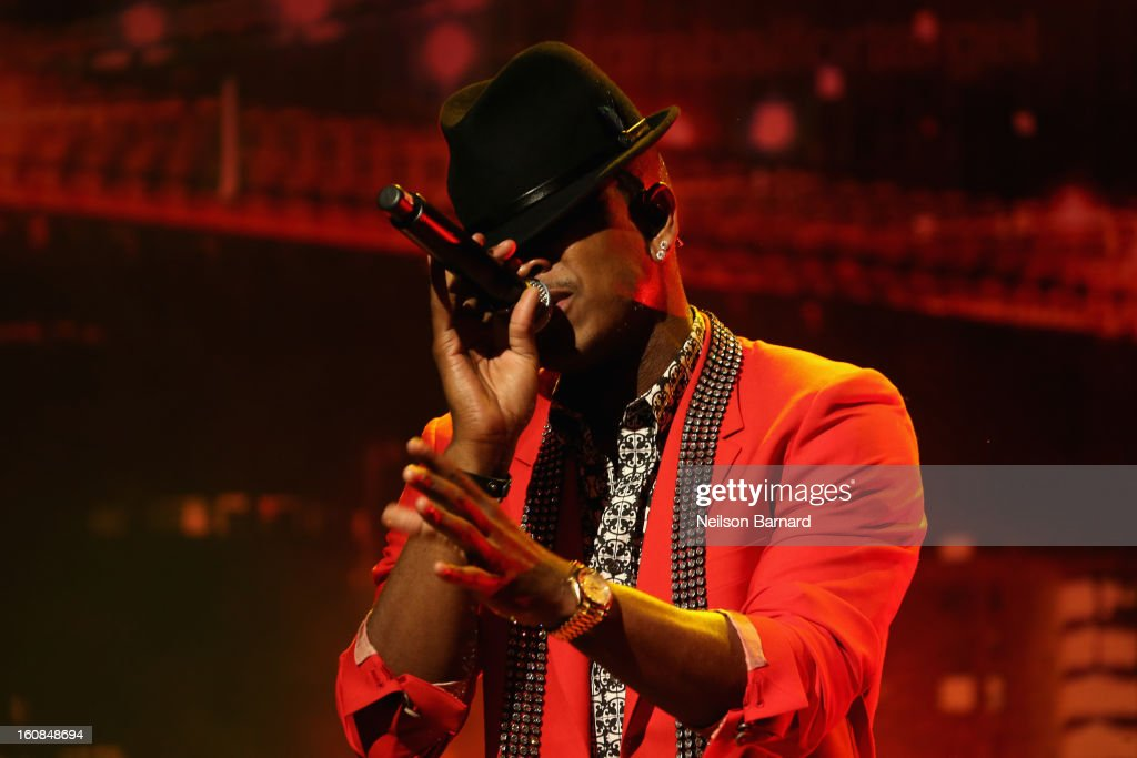 Ne-Yo performs at Prabal Gurung for Target launch event on February 6, 2013 in New York City.