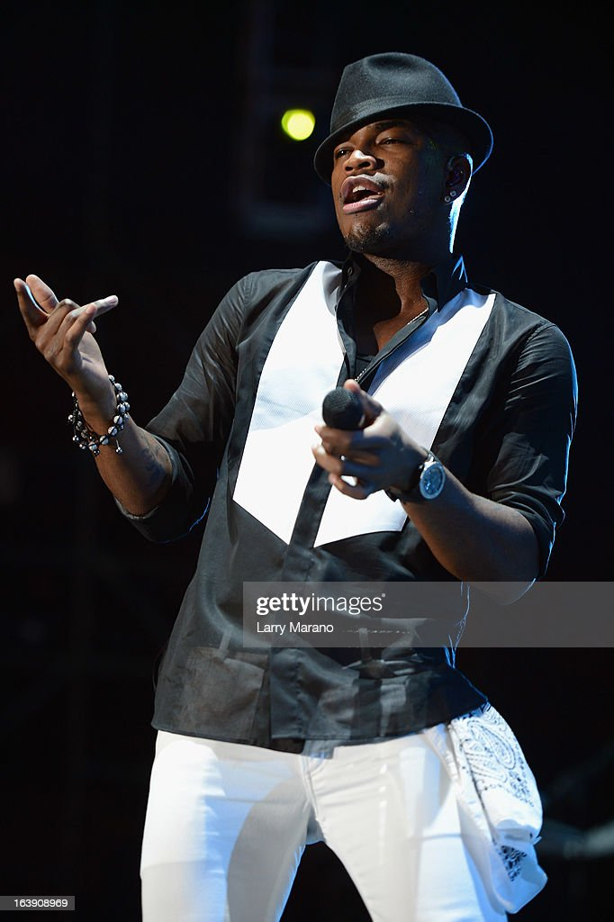 Ne-Yo performs at the 8th Annual Jazz in the Gardens Day 2 at Sun Life Stadium presented by the City of Miami Gardens on March 17, 2013 in Miami Gardens, Florida.