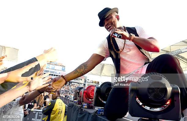 Ne-Yo performs during 102.7 KIIS FM's Wango Tango at StubHub Center on May 9, 2015 in Los Angeles, California.