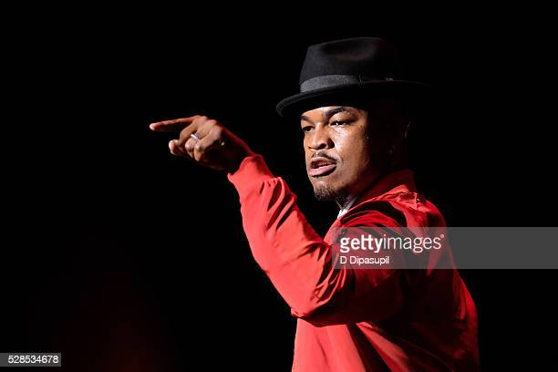 NeYo performs onstage at the 2016 Grammy Park in Brooklyn at Kings Theatre on May 5 2016 in the Brooklyn borough of New York City