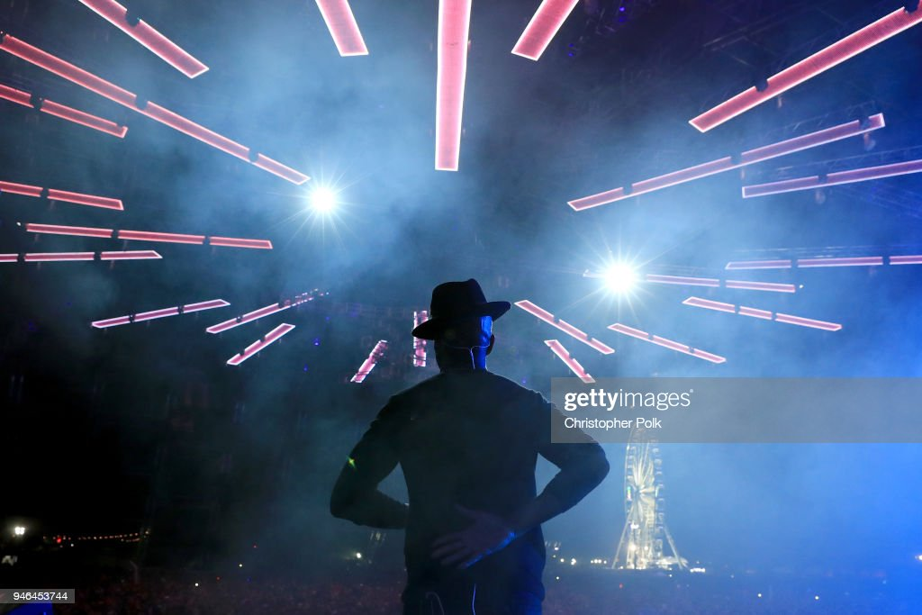 Ne-Yo performs onstage wih blackbear during 2018 Coachella Valley Music And Arts Festival Weekend 1 at the Empire Polo Field on April 14, 2018 in Indio, California.
