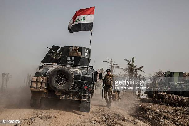 'nFALLUJAH IRAQ The 4th of June 2016'nA man of the head of the Golden Division'u2019s column the Special Forces of the ICTF progress in...