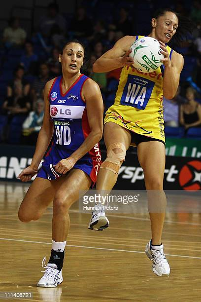 Ngarama Milner-Olsen of the Pulse competes with Joline Henry of the Mystics during the round eight ANZ Championship match between the Mystics and the...