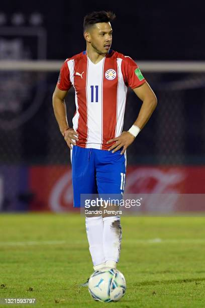 Ángel Romero of Paraguay reacts during a match between Uruguay and Paraguay as part of South American Qualifiers for Qatar 2022 at Centenario Stadium...