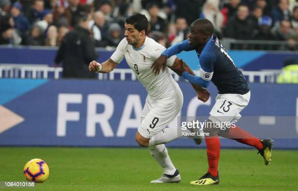 Ngolo Kante of France in action with Luis Suarez of Uruguay during the International Friendly match between France and Uruguay at Stade de France on...