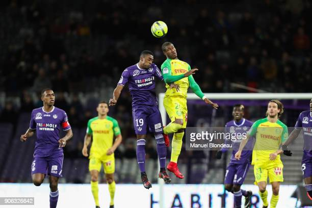 Nguimbe Nakoulma of Nantes and Somalia of Toulouse during the Ligue 1 match between Toulouse and Nantes at Stadium Municipal on January 17 2018 in...