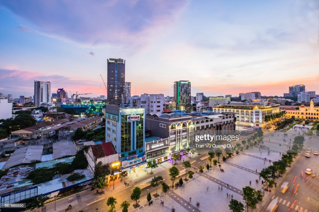 Nguyen Hue walking street when the lights are on. : Stock-Foto
