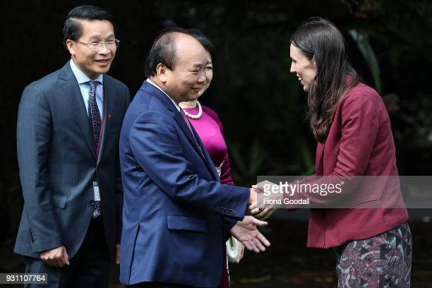 Nguyen Xuan Phuc Prime Minister of Vietnam and his wife Madame Tran Thi Nguyet Thu are welcomed by Jacinda Ardern Prime Minister of New Zealand at...