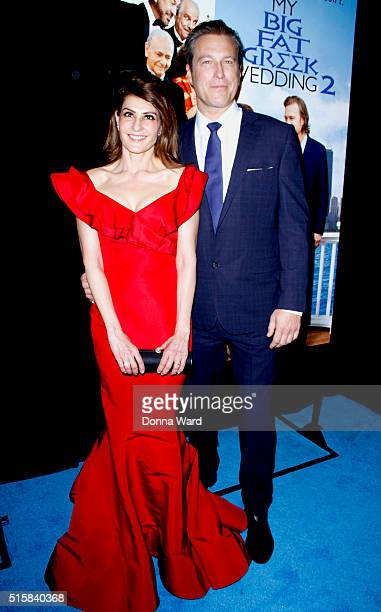 """Nia Vardalos and John Corbett attend the""""My Big Fat Greek Wedding 2"""" New York Premiere at AMC Loews Lincoln Square 13 theater on March 15, 2016 in..."""