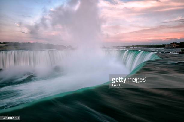 niagara falls at sunset, toronto, canada - niagara falls stock pictures, royalty-free photos & images