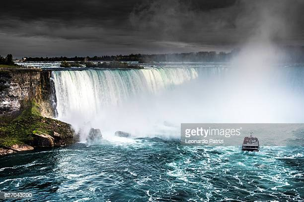 niagara falls - canada - north america - niagara falls stock pictures, royalty-free photos & images