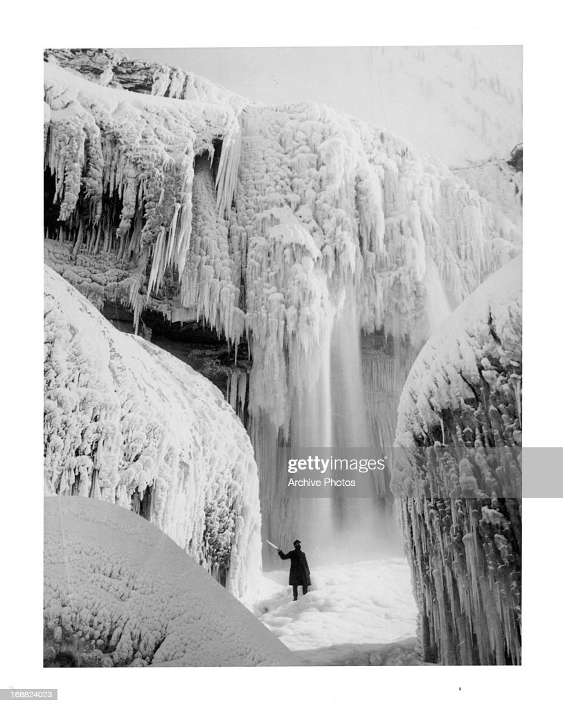 Niagara Falls in Winter, circa 1900.