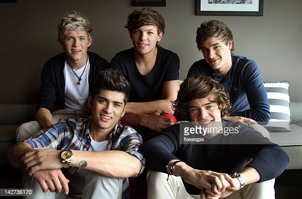 Niall Horan Louis Tomlinson Liam Payne and Zayn Malik and Harry Styles from British boy band 'One Direction' pose during a photo shoot at the...