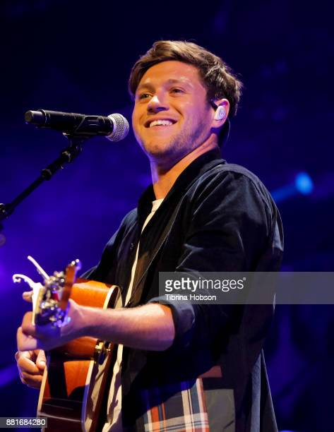Niall Horan performs at 1061 KISS FM's iHeartRadio Jingle Ball 2017 at American Airlines Center on November 28 2017 in Dallas Texas