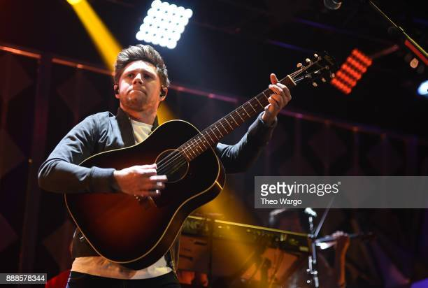 Niall Horan performs at Z100's Jingle Ball 2017 on December 8 2017 in New York City