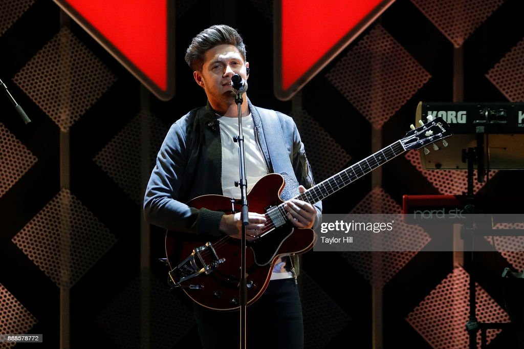 Niall Horan performs during the 2017 Z100 Jingle Ball at Madison Square Garden on December 8, 2017 in New York City.