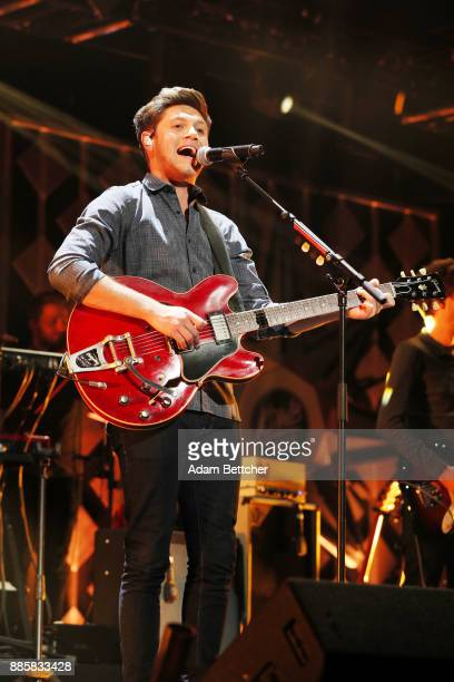 Niall Horan performs onstage at 1013 KDWB's Jingle Ball 2017 at Xcel Energy Center on December 4 2017 in St Paul Minnesota