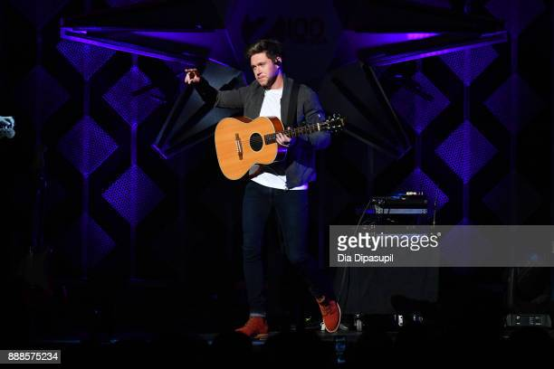 Niall Horan performs onstage at the Z100's Jingle Ball 2017 on December 8 2017 in New York City