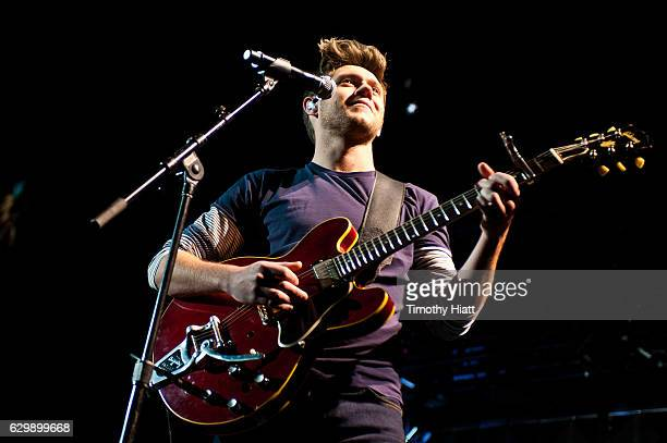 Niall Horan performs onstage during 1035 KISS FM's Jingle Ball 2016 at Allstate Arena on December 14 2016 in Chicago Illinois