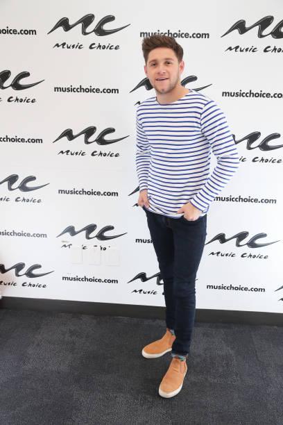 Fotos und Bilder von Niall Horan Visits Music Choice ...