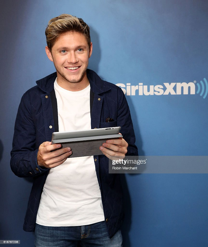Niall Horan visits SiriusXM's Hits 1 at SiriusXM Studio on October 28, 2016 in New York City.