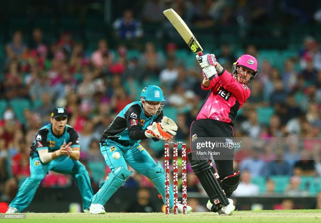 Nic Maddinson of the Sixers bats during the Big Bash League match between the Sydney Sixers and the Brisbane Heat at Sydney Cricket Ground on January 18, 2018 in Sydney, Australia.