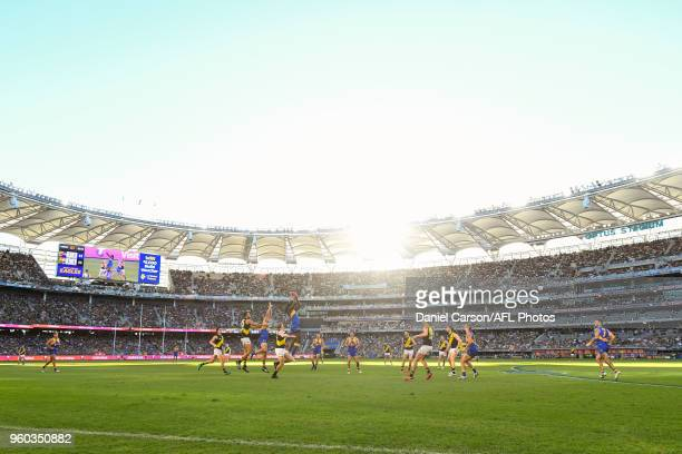 Nic Naitanui of the Eagles takes a mark during the 2018 AFL round nine match between the West Coast Eagles and the Richmond Tigers at Optus Stadium...