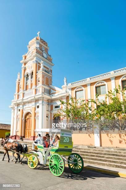 nicaragua granada iglesia de xalteva iglesia - nicaragua fotografías e imágenes de stock