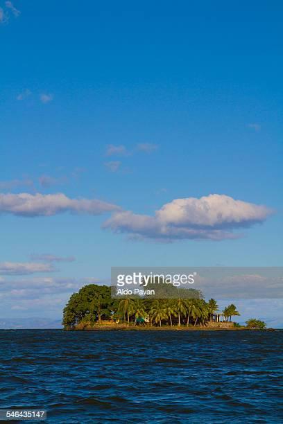 nicaragua, granada, isletas - paisajes de isla de  granada fotografías e imágenes de stock