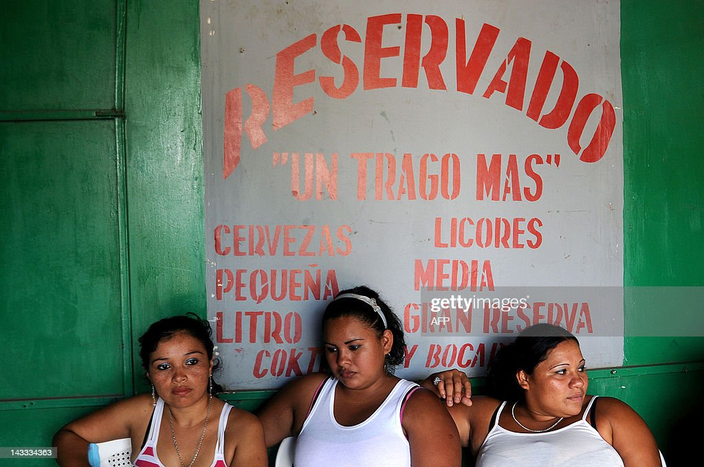 Teen girls San Juan del Sur