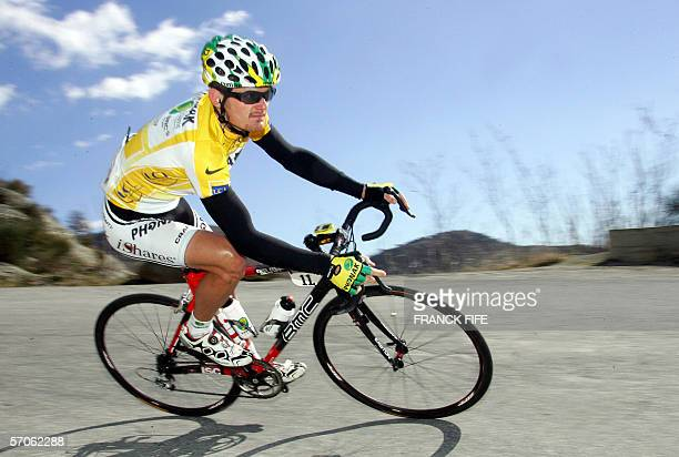 Floyd Landis rides before Switzerland's Marcus Zberg won the last stage of the Paris-Nice cycling race between Nice and Nice, 12 March 2006. US Floyd...