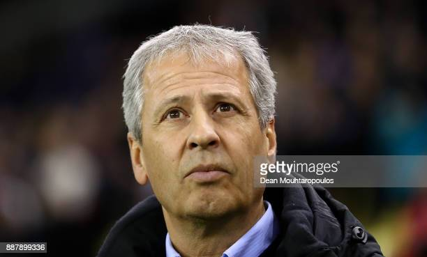 Nice Manager Lucien Favre looks on ahead of the UEFA Europa League group K match between Vitesse and OGC Nice on December 7 2017 in Arnhem Netherlands
