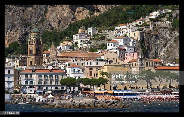 nice place on  amalfi coast, amalfi ie - benedetto photos et images de collection