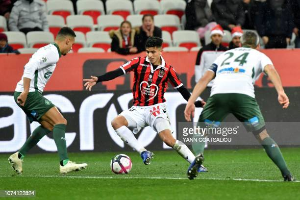 Nice's Algerian defender Youcef Atal tries to control the ball during the French L1 football match between Nice and Saint Etienne at the Allianz...